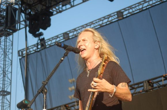 Jerry Cantrell Teases First New Solo Album in 18 Years