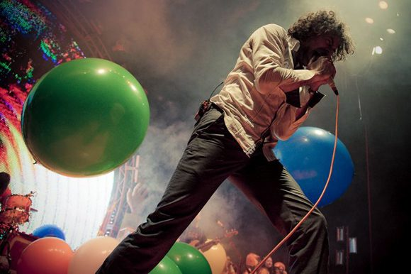 WATCH: Flaming Lips Cover David Bowie Songs Live At Tribute Show