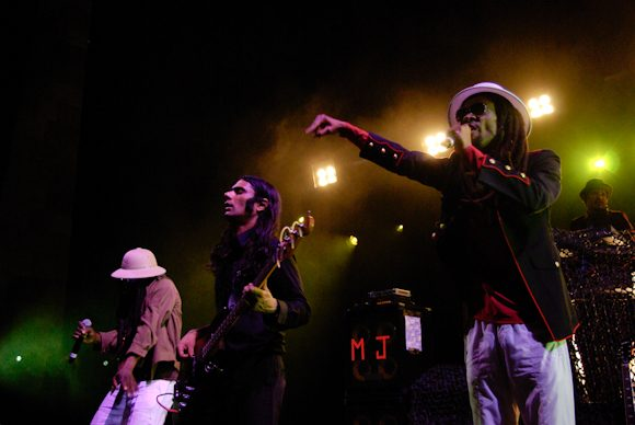 """Thievery Corporation Release Pacifying New Sing """"Sweet Tides"""""""