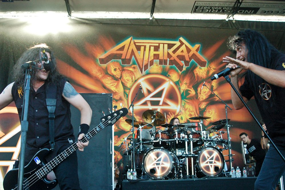 """Charlie Benante of Anthrax Slows Things Down with Cover of Massive Attack's """"Teardrop"""" Featuring Carly Harvey of Butcher Babies and Ra Diaz of Suicidal Tendencies"""