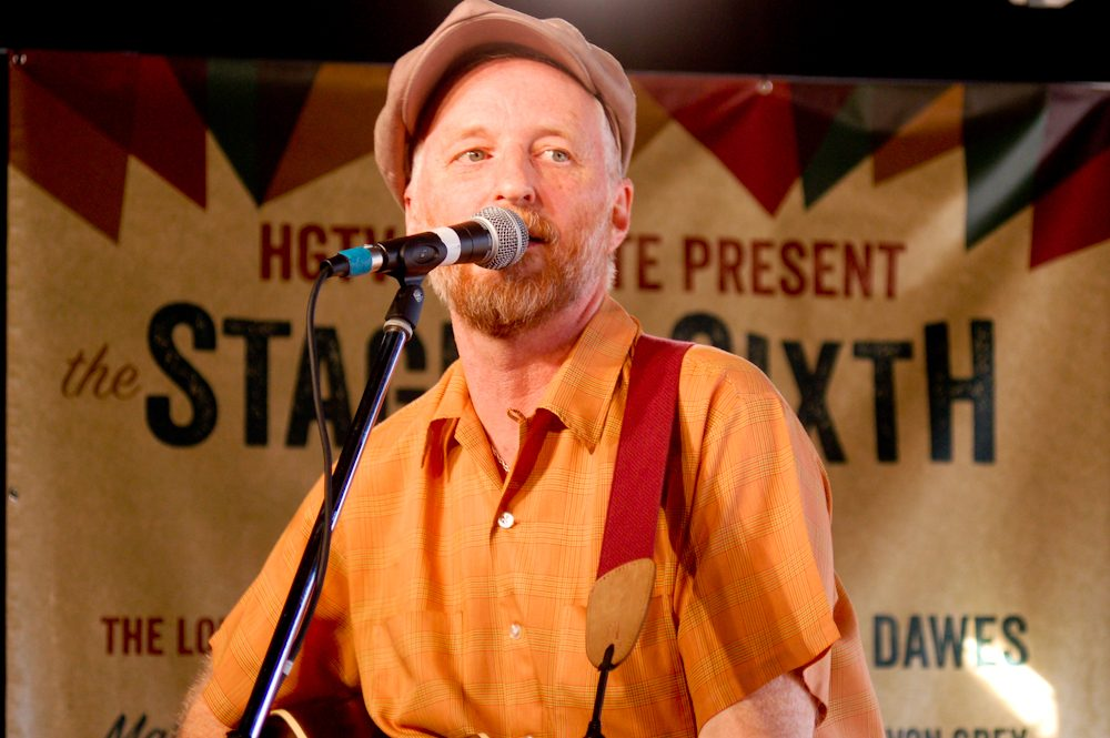 "Billy Bragg Announces ""One Step Forward Two Steps Back"" US Tour Dates"