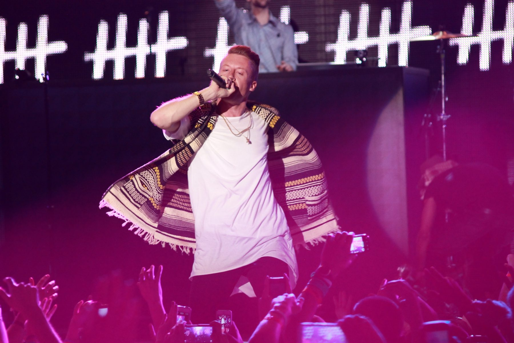 """Macklemore Robs Some Places in New Video for """"Corner Store"""""""