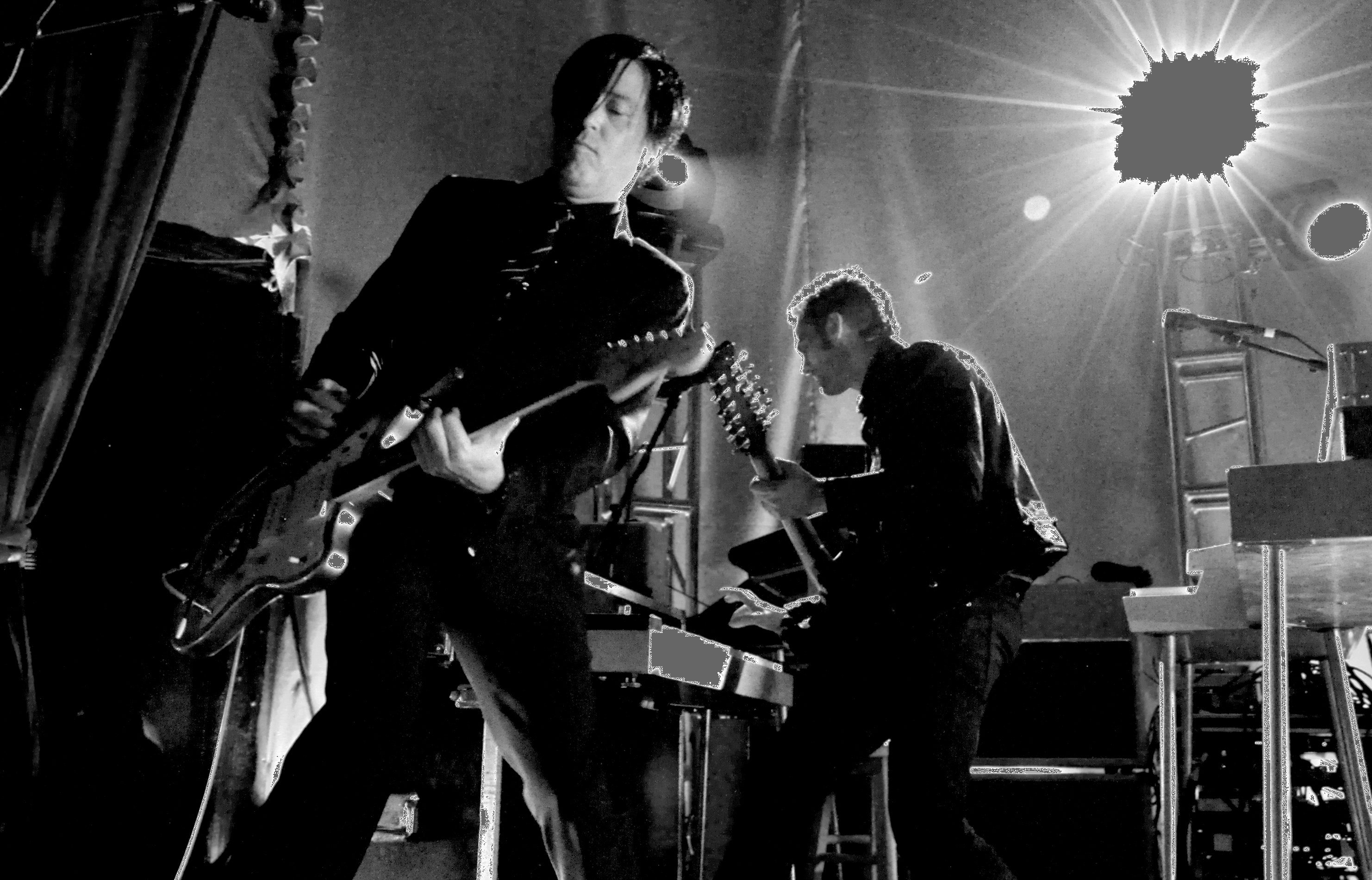Queens of the Stone Age Announce New Mark Ronson Produced Album Villians