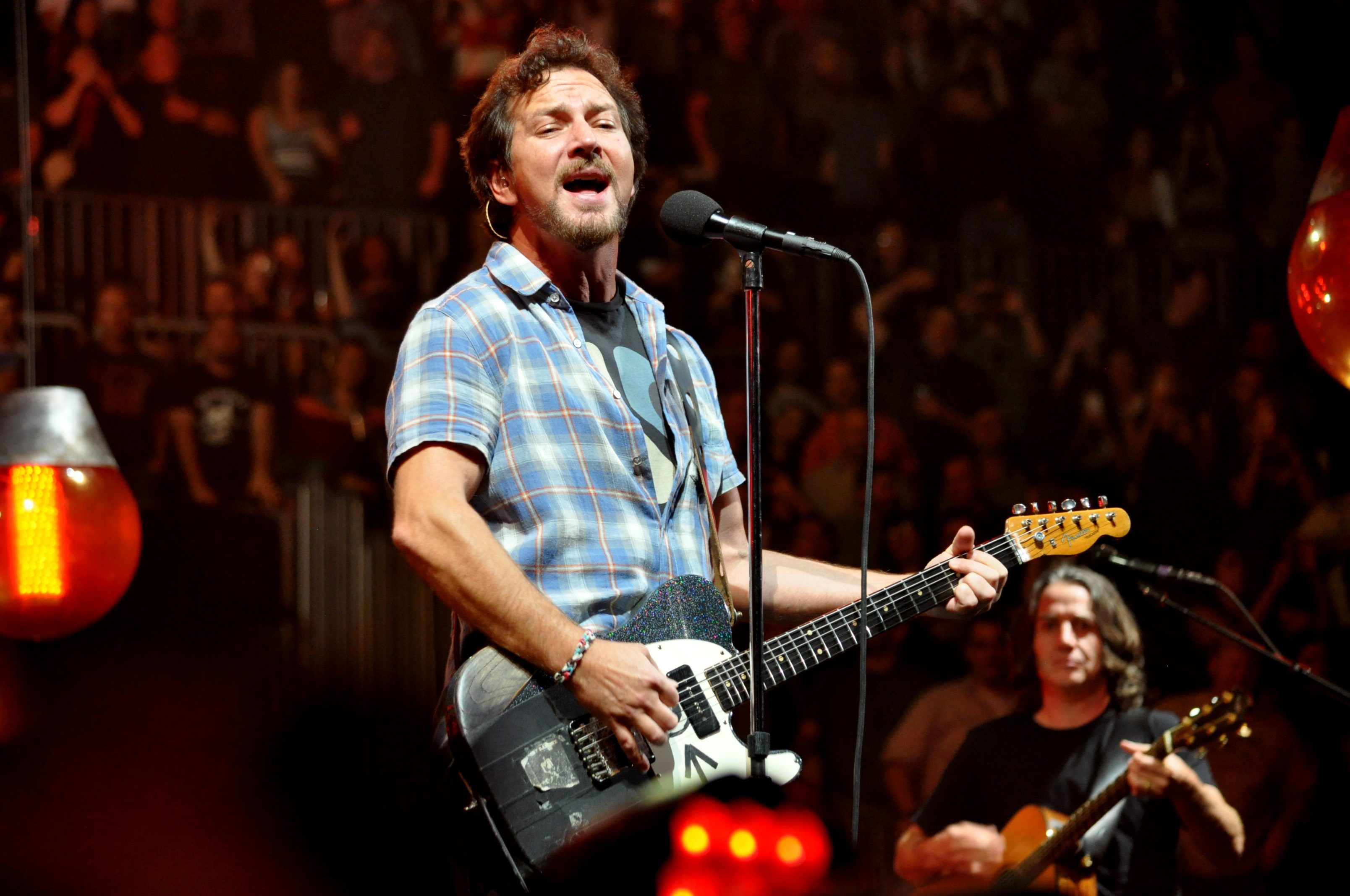 Pearl Jam Postpones Spring 2020 Tour Dates Due to Coronavirus Outbreak