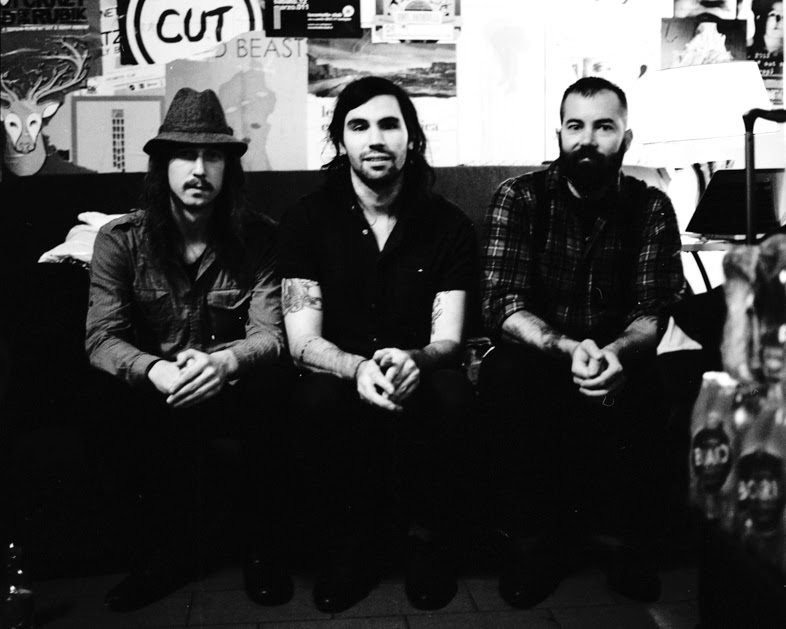 "LISTEN: Russian Circles Release New Song ""Mota"""
