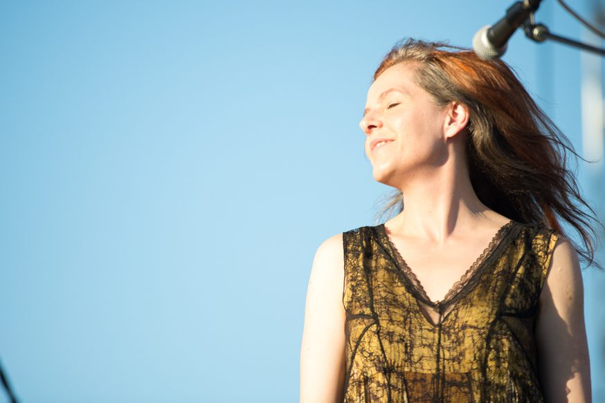 "Neko Case Releases Seven Minute Duet with Mark Lanegan ""Curse of the I-5 Corridor"""