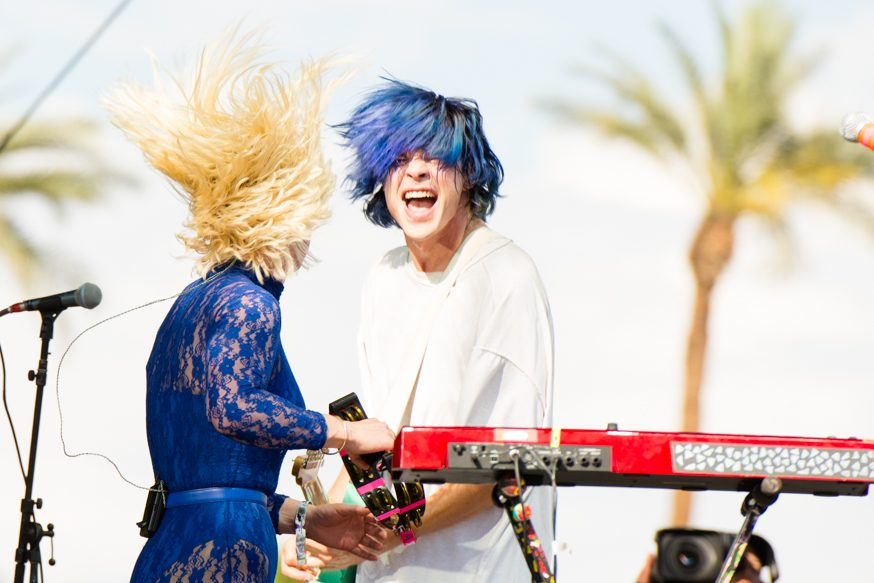 "LISTEN: Grouplove Release New Song ""Enlighten Me"""