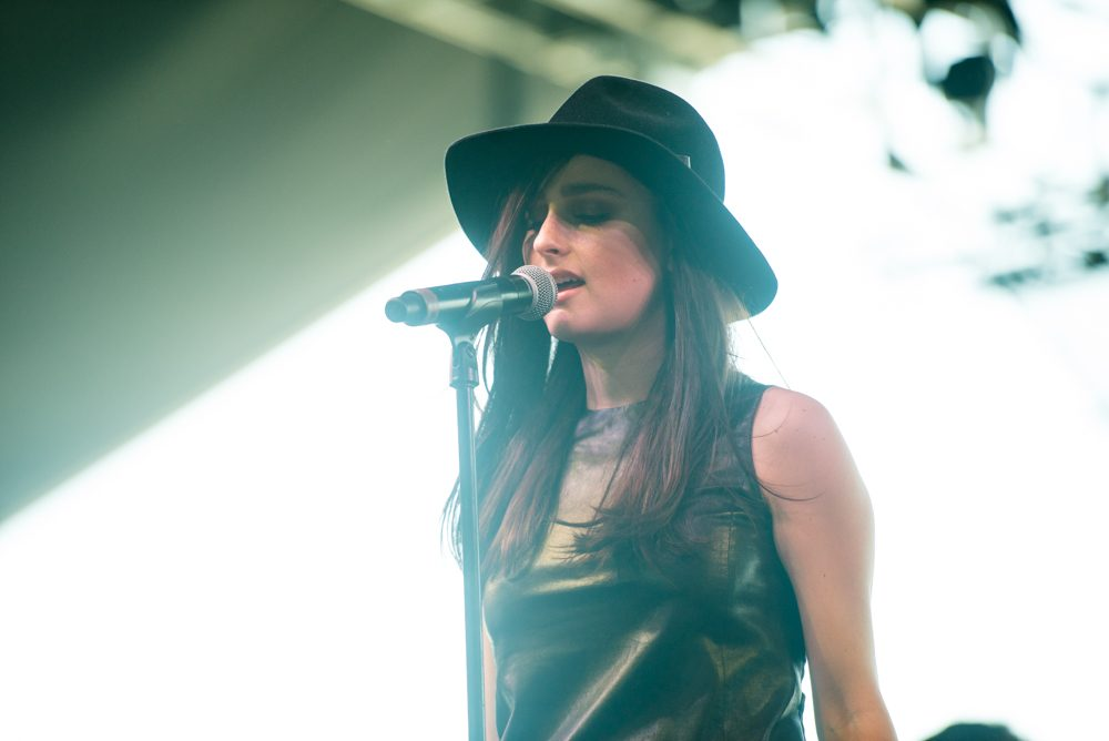 "LISTEN: Banks Releases New Song ""Mind Games"""