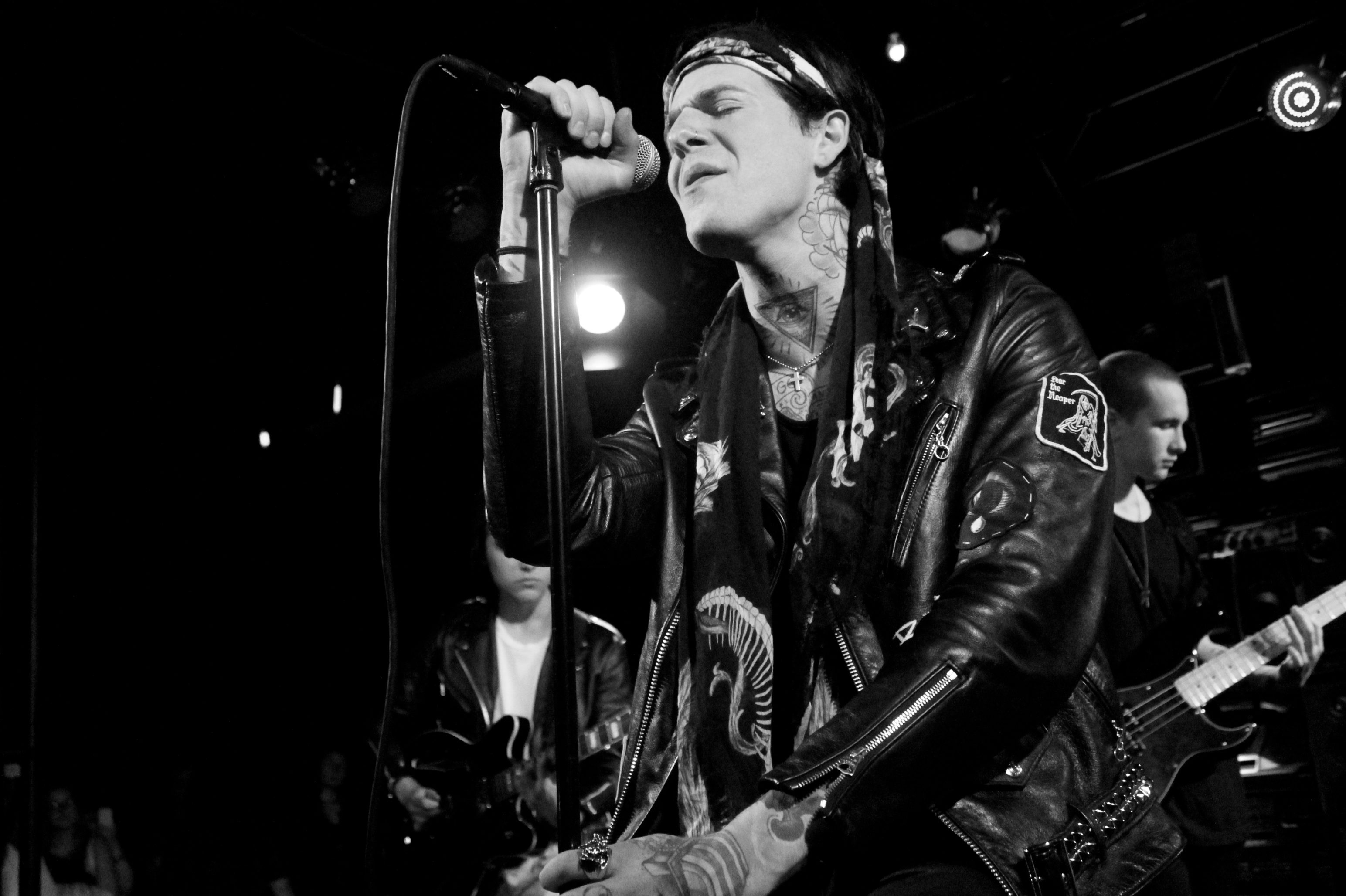 "The Neighbourhood Releases New Sci-Fi Style Video for ""Scary Love"""
