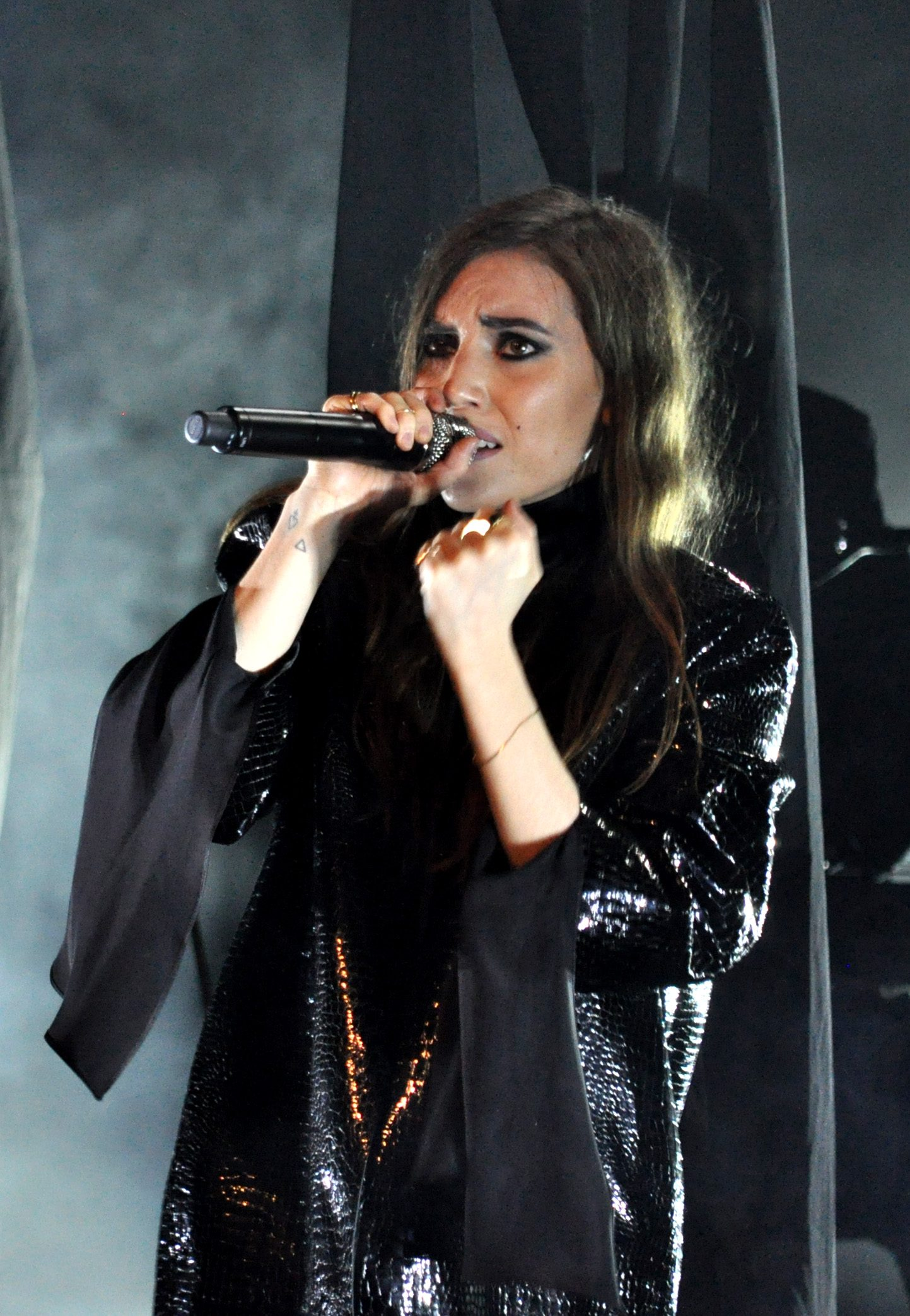 """Lykke Li Performs New Song """"Neon"""" at Women Who Rock and Announces New EP Titled still sad, still sexy"""