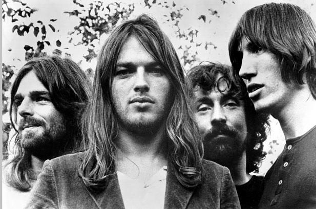 "Pink Floyd's David Gilmour Covers Leonard Cohen's ""Bird on a Wire"" and ""So Long Marianne"""