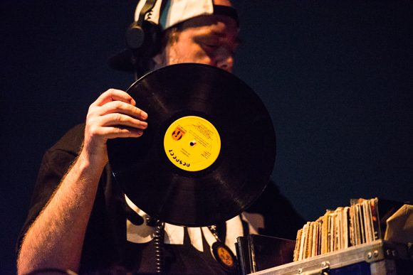 RIAA Says Vinyl Record Sales Have Increased Nearly 30% Amid Pandemic