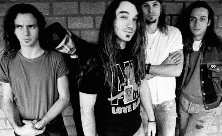 Former Pearl Jam Drummer Dave Abbruzzese Wanted In Texas On Drug Charges