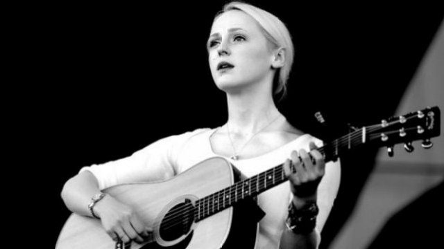 """LISTEN: Laura Marling Releases New Song """"I Feel Your Love"""""""