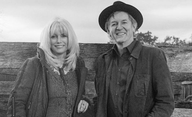 """LISTEN: Emmylou Harris and Rodney Crowell Release New Song """"The Traveling Kind"""""""