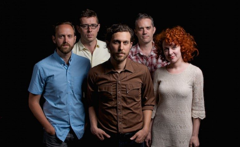 """LISTEN: Great Lake Swimmers Release New Song """"I Must Have Someone Else's Blues"""""""