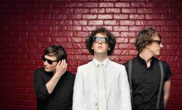 """LISTEN: The Wombats Release New Track """"Give Me A Try"""""""