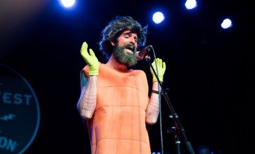 """Devendra Banhart Releases Smooth and Folky Song """"It's Not Always Funny"""""""