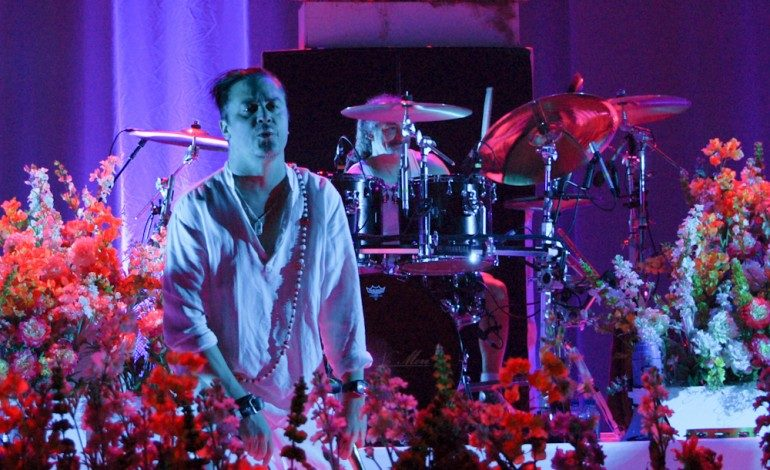 """WATCH: Faith No More Release New Live Video For """"Sunny Side Up"""""""
