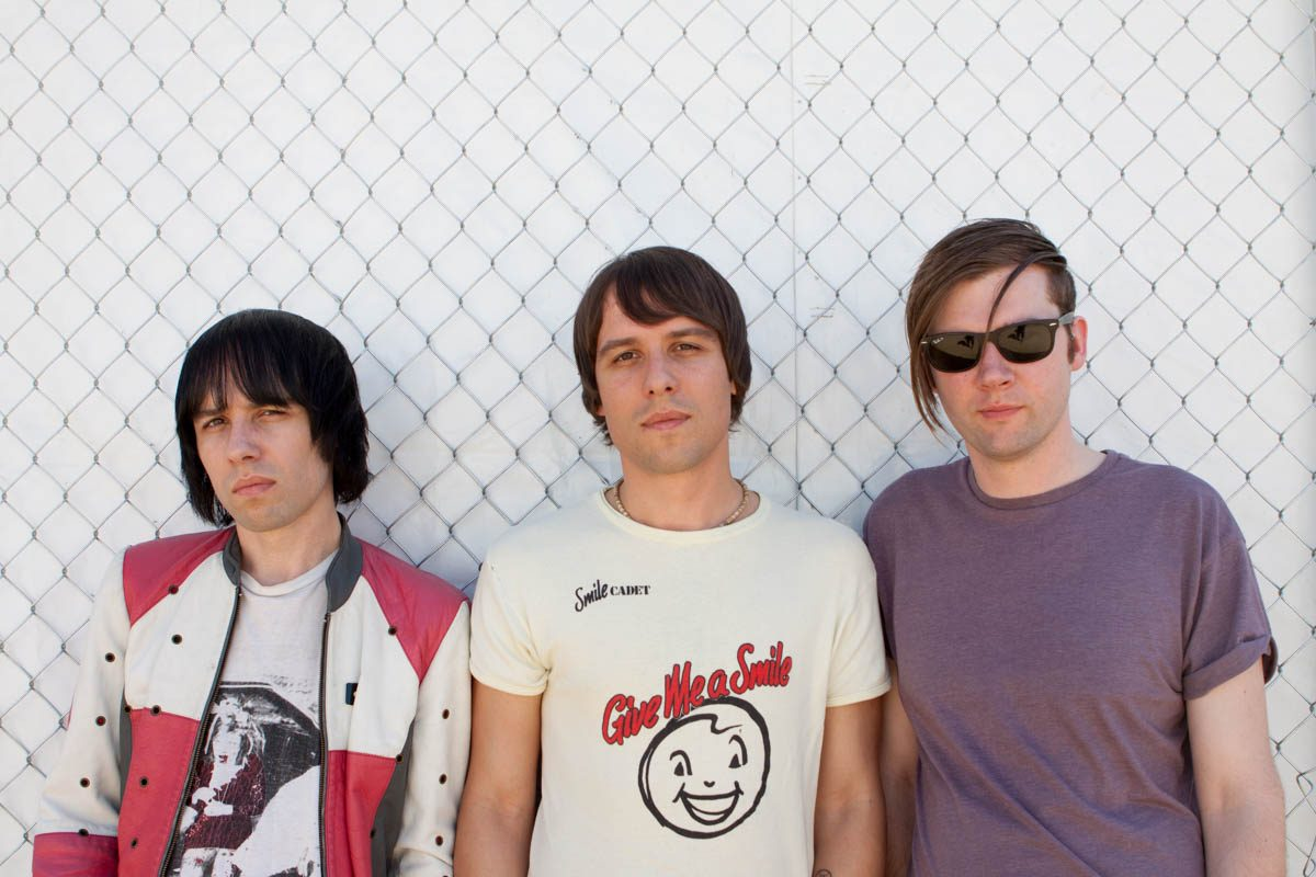 The Cribs acting like they're in a band.