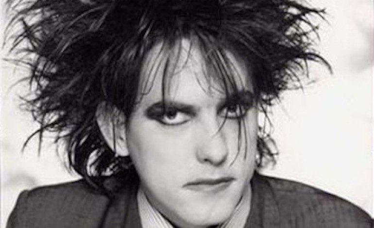 "LISTEN: The Cure's Robert Smith Covers The Twilight Sad's ""There's A Girl In The Corner"""