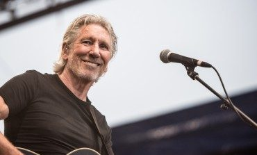 Roger Waters Goes on Noted Right-Wing Pundit Tucker Carlson's Fox News Program to Discuss Julian Assange's Incarceration
