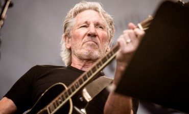 "Roger Waters Releases New Video for ""The Last Refugee"""