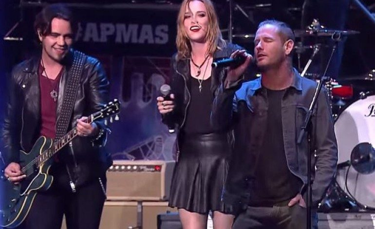 """WATCH: Halestorm And Corey Taylor Cover Temple Of The Dog's """"Hunger Strike"""""""