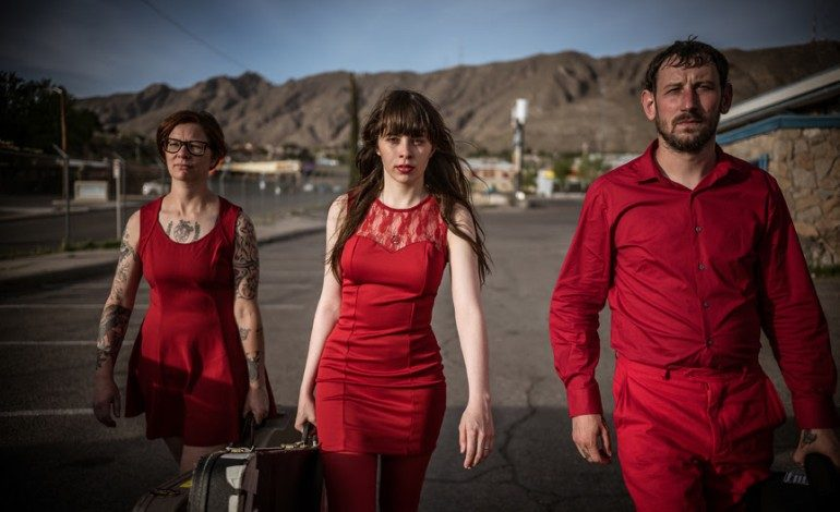 """LISTEN: Le Butcherettes Release New Song """"They Fuck You Over"""""""