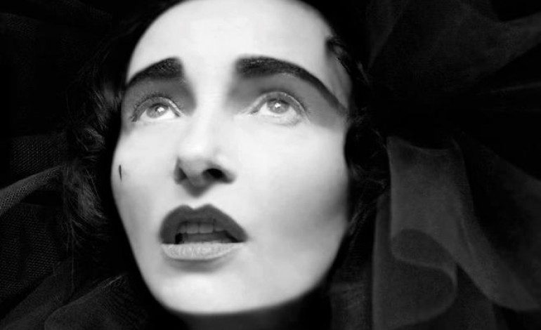 """LISTEN: Siouxsie Sioux Releases New Song """"Love Crime"""""""