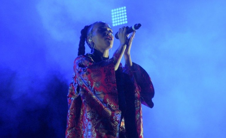 "FKA Twigs Teams Up with London Artist 645AR for Off-Kilter Pop Song ""Sum Bout U"""
