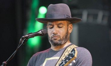 "Ben Harper and Rhiannon Giddens Team Up for Cover of ""Black Eyed Dog"" by Nick Drake"