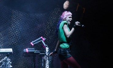 Grimes Teases Plans to Release New Music This Week