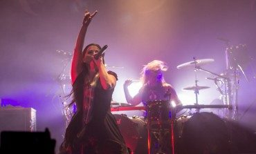 Evanescence Performs New Music Live With An Orchestra