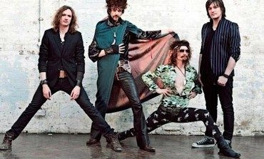 """WATCH: The Darkness Release New Video For """"I Am Santa"""""""