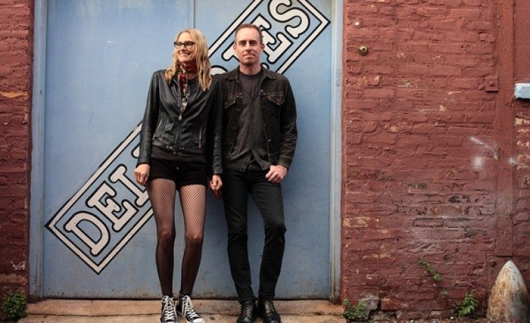 """LISTEN: The Both (Aimee Mann And Ted Leo) Release New Song """"You're A Gift"""""""