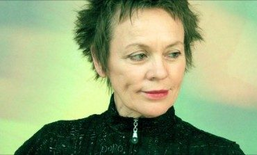 Laurie Anderson Announces Times Square Performance For Dogs