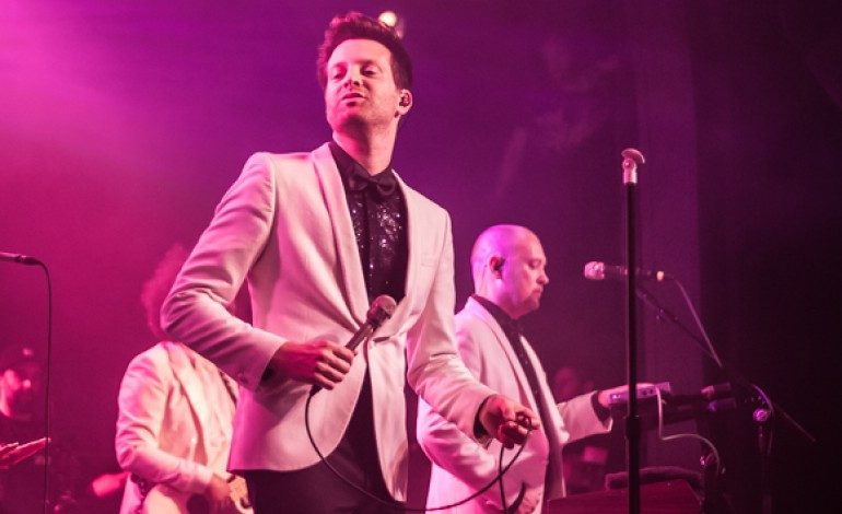 """Mayer Hawthorne Debuts Music Video for Single """"Over"""""""
