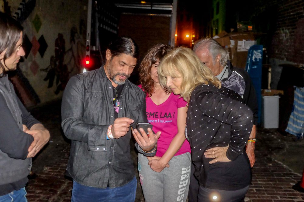 Robert Trujillo, Isabelle Feuillebois, and Stella Vander backstage after the amazing 'Magma' concert