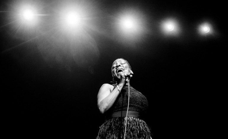 """Sharon Jones & The Dap Kings Announces Covers Album Just Dropped In (To See What Condition My Rendition Was In) for October 2020 Release and Shares Cover of """"Signed Sealed Delivered I'm Yours"""""""