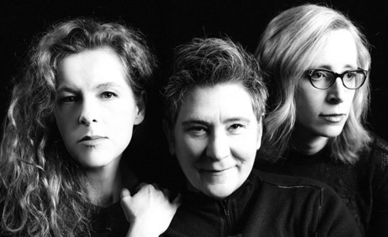 """LISTEN: case/lang/veirs Release New Song """"Honey and Smoke"""""""