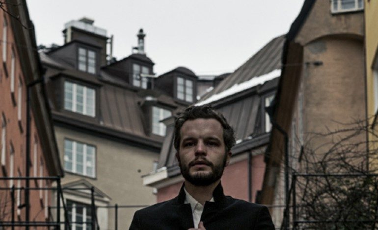 """LISTEN: The Tallest Man On Earth Release New Song """"Time Of The Blue"""""""
