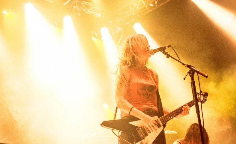 "L7 Shares Cover of Joan Jett & The Blackhearts' ""Fake Friends"" Featuring Joan Jett"