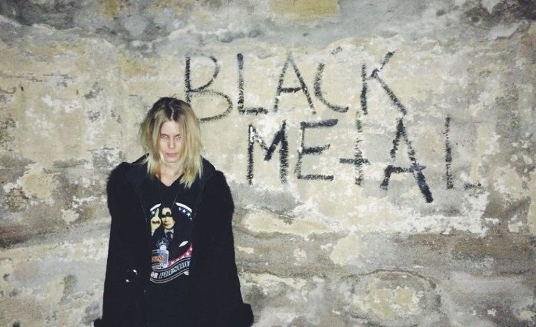 """LISTEN: MYRKUR Covers Bathory's """"Song To Hall Up High"""""""