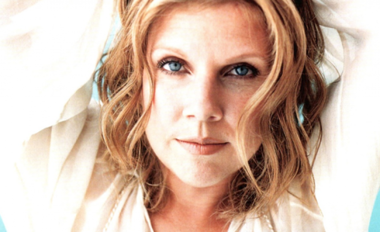 """Tanya Donelly And The Parkington Sisters Release Grandiose New Single """"Automatic"""""""