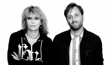 """WATCH: Pretenders Release New Video for """"Holy Commotion"""""""