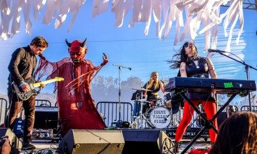 Live Stream Review: Death Valley Girls Live from the Astral Plane! Levitation Sessions