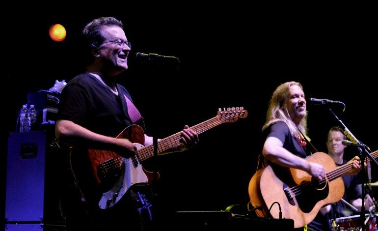 Violent Femmes Announces New Album For 2019 Release and Shares First New Song
