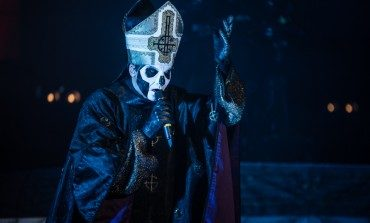 """Alison Mosshart Joined Ghost for a Performance of Their Single """"He Is"""""""