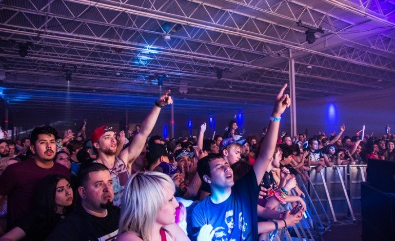 Photos: Lights All Night 2016 – Night 1 in Dallax, TX